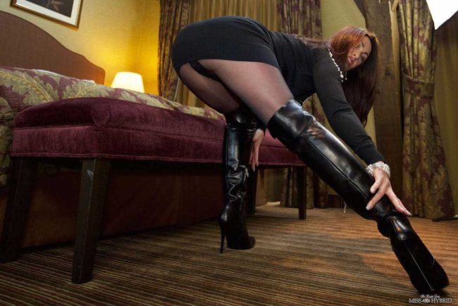 Thigh high boots giantess Miss Hybrid pantyhose and magic wand.